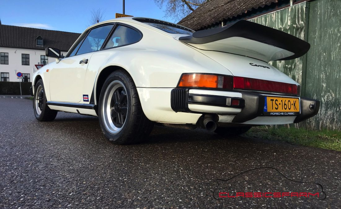 Porsche 911 Carrera 3.2 coupe-78