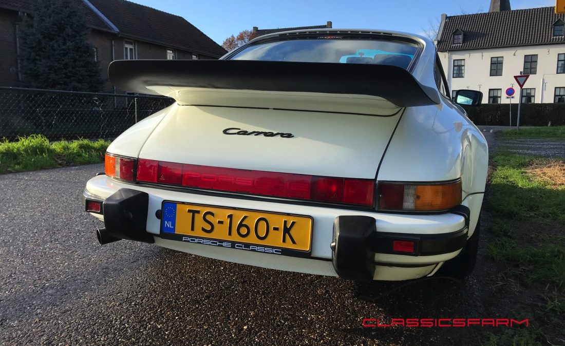 Porsche 911 Carrera 3.2 coupe-79
