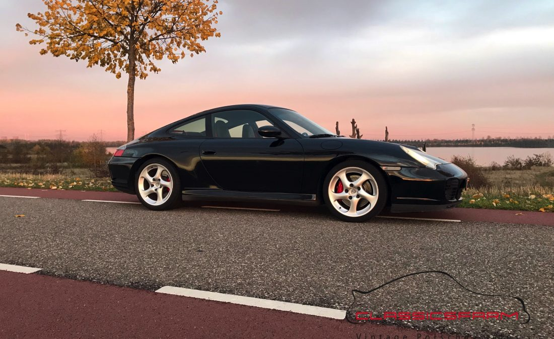 Porsche 996 Carrera 4S coupé-13