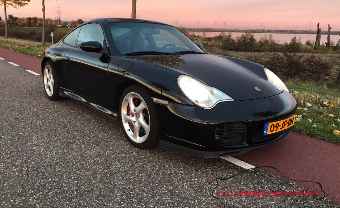 Porsche 996 Carrera 4S coupé-16