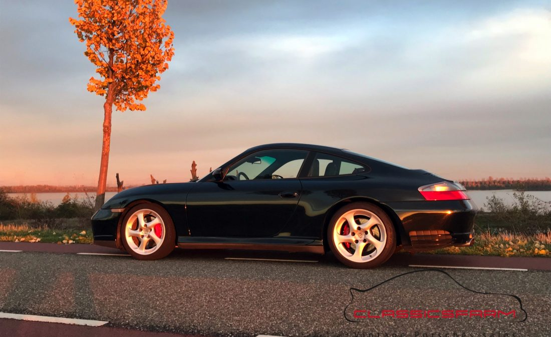 Porsche 996 Carrera 4S coupé-2